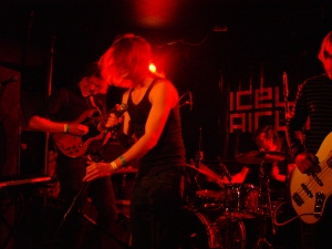 Live performance from the 2013 Iceland Airwaves Festival.